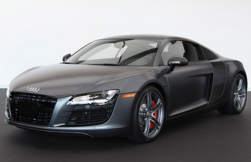 2012-Audi-R8-exclusive-selection-edition-for-137700-Photos