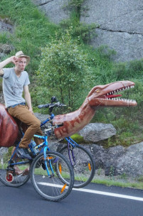 Commute in Prehistoric Style on This Homemade Raptor Trike