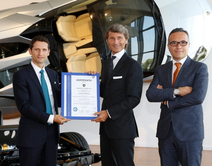 Lamborghini Is First Automaker Certified for Carbon Fibre Repairs