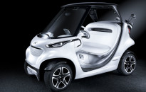 mercedes-golf-kart1-compositestoday