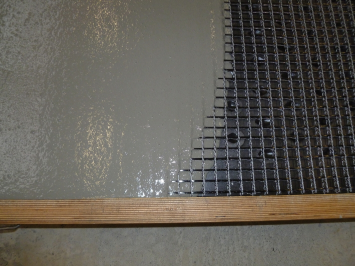 Fiber Reinforced Concrete : Carbon fibre grids replace steel as concrete reinforcement