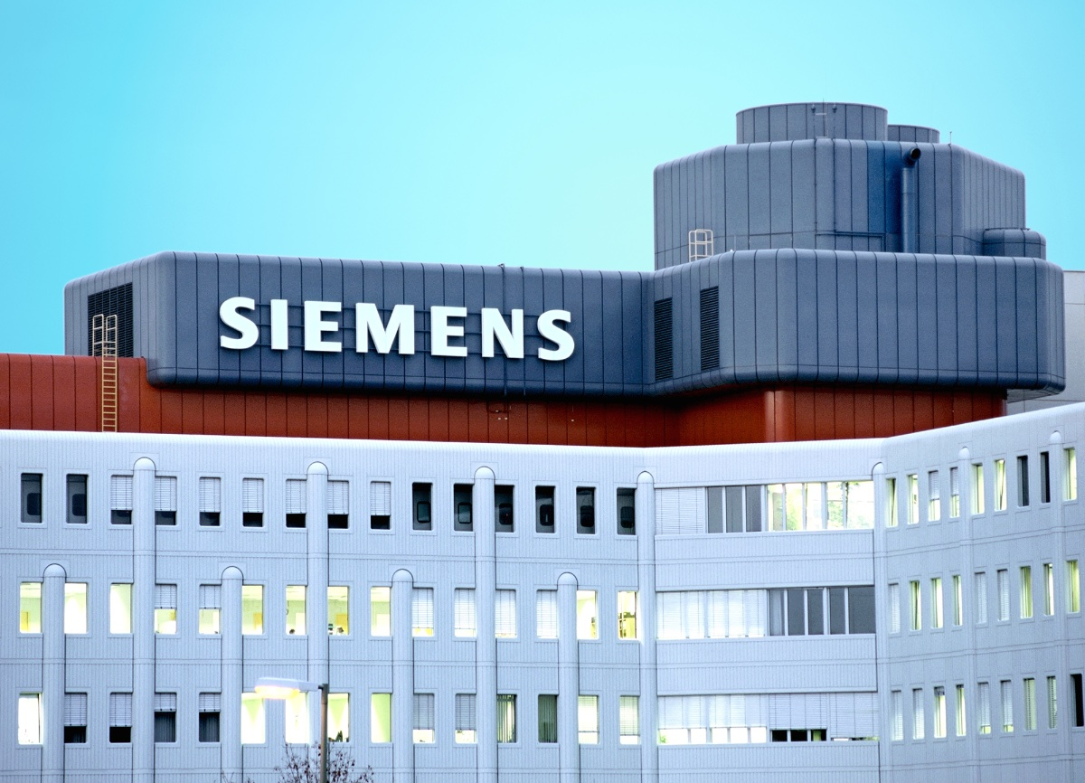 egyptian helicopter with Siemens Building New Wind Blade Facility In Egypt on The Unexplained Knowledge Of Malis Dogon Tribe in addition Ancient Egyptians Electricty Batteries Thousands Years Ago additionally Petroleum air services moreover Watch further Watch.