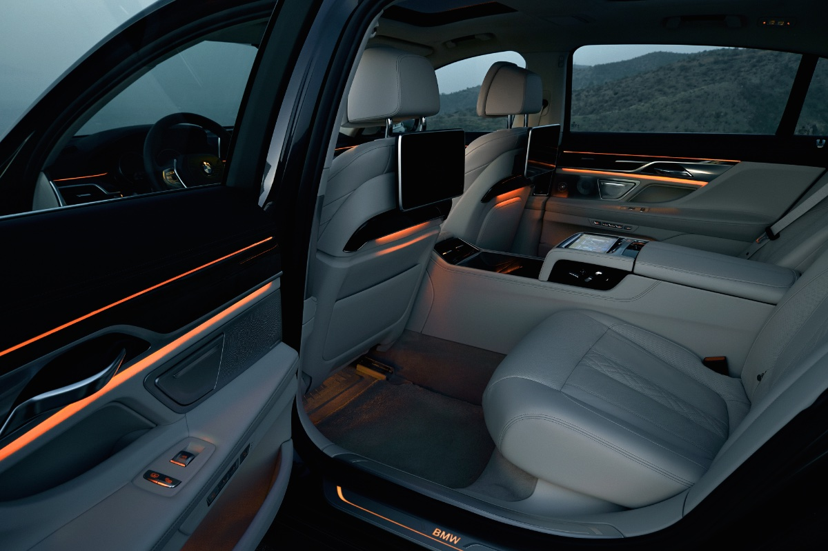 New Bmw 7 Series >> How BMW Utilise Composites to Manufacture Its New 7 Series